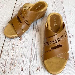 BareTraps Women's Brown Wedge Comfort Sandals
